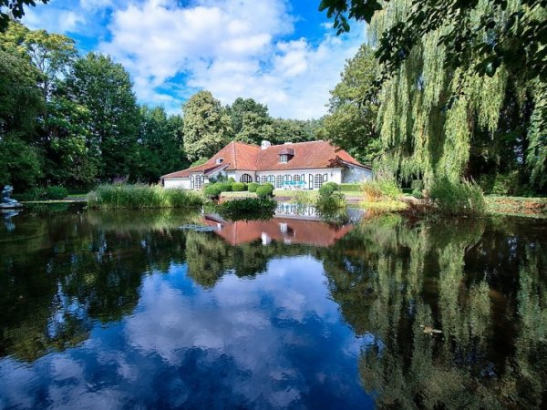Villa Zulte met vijver