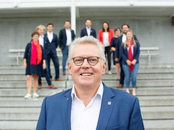 Dirk Bossuyt - vastgoedmakelaar - verkopen-Waregem-Zulte