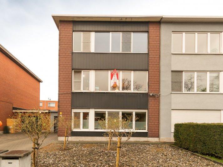 Centraal gelegen appartement van 72 m² met twee slaapkamers.