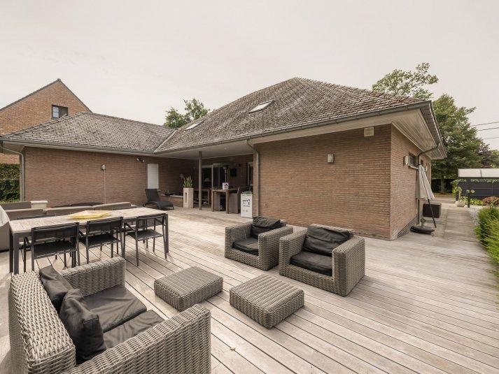 Laagbouwvilla met 3 slaapkamers op een perceel van 1.000 m².