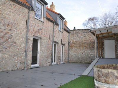 Volledig gerenoveerde en knusse woning op één van de mooiste liggingen van Brugge