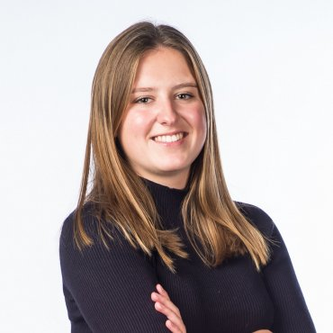Jennifer Van den Bergh